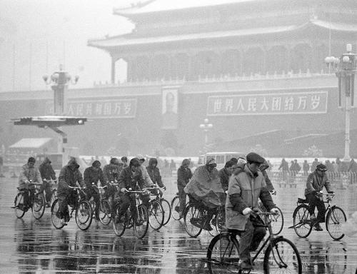 Picture from To Be or Not to Be - Revival of Bicycles in China website: http://en.people.cn/90002/97224/