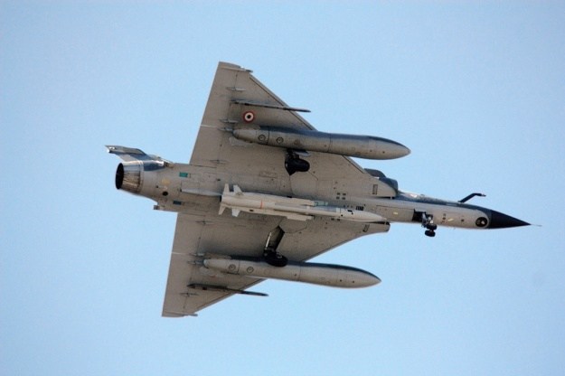 French Mirage 2000N carrying a nuclear-capable missile (India operates the Mirage 2000H variant)